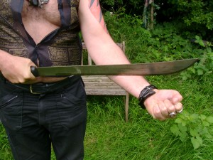 Demonstration of magical protection against knife blade with Tenaga Damal empowerment